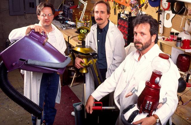 Jim Mallon (Gypsy), Trace Beaulieu (Crow T. Robot), and Kevin Murphy (Tom Servo)